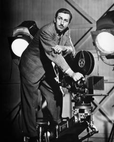 SONG OF THE SOUTH, producer Walt Disney on set, 1946